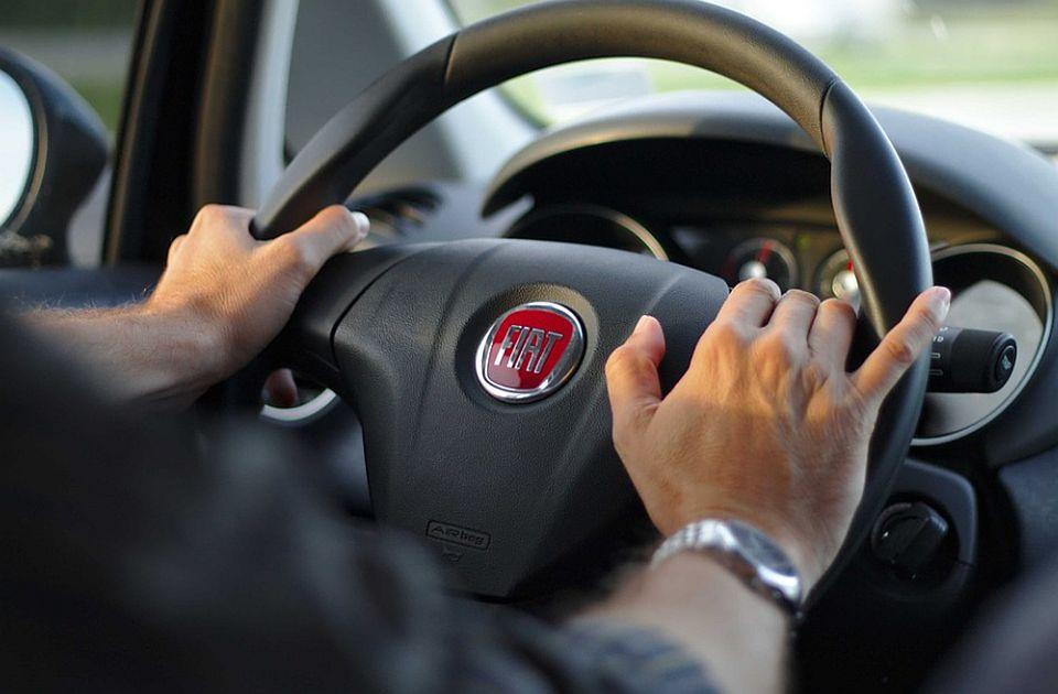 "Vozač ""fijat punta"" za volanom s 2,44 promila alkohola u krvi"