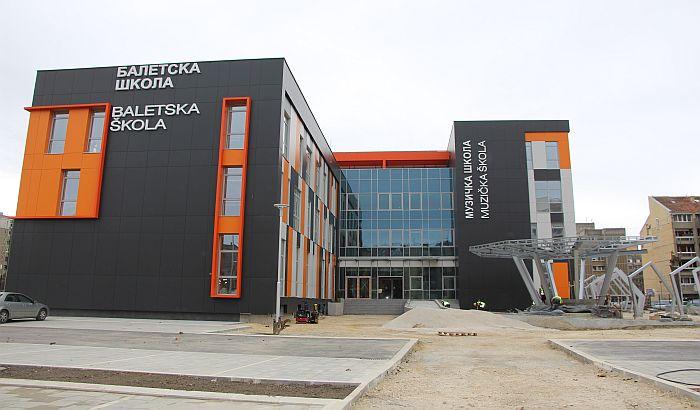 FOTO: Muzičko-baletska škola na Limanu gotova početkom 2021. godine