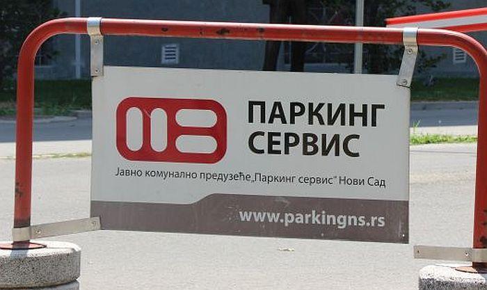 U Novom Sadu u utorak počinje prodaja pretplatnih parking karata za stanare