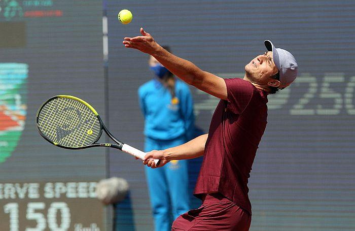 Kecmanović u četvrtfinalu turnira u Beogradu