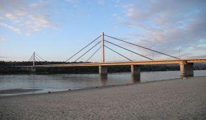 Udruženje lađara: Sportisti na Dunavu u Novom Sadu ugroženi jer ne postoje znaci zabrane podizanja talasa