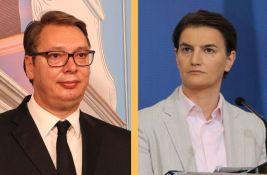 Poklon od 800.000 dinara, Vučić sebi ostavio tri flaše vina: Šta su dobijali predsednik i premijerka