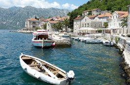 Od danas u Crnoj Gori za turiste besplatan PCR test i lečenje od korone