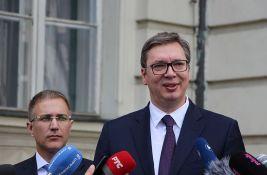 Odbori SNS glasaju o (ne)poverenju Stefanoviću i Lončaru