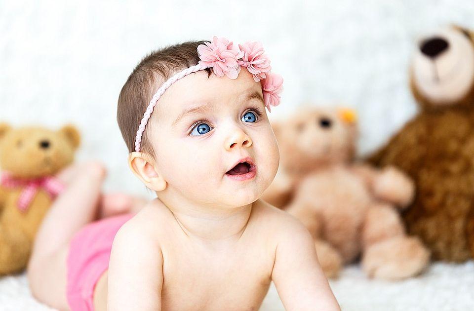 U Novom Sadu za jedan dan rođena 21 beba, među njima i bliznakinje