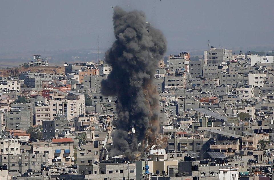 Novi sukobi: Rakete iz Libana ispaljene na Izrael, Izrael artiljerijom i tenkovima na pojas Gaze