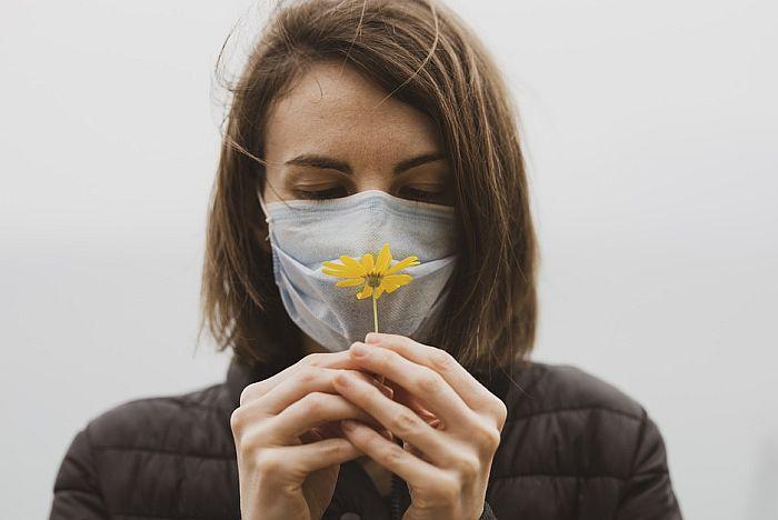 Pojedinci i godinu dana nakon zaraze koronom nemaju čulo ukusa i mirisa