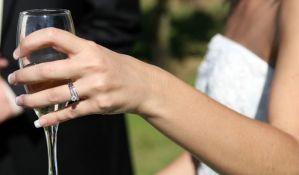 Broj razvoda raste brže od broja novih brakova