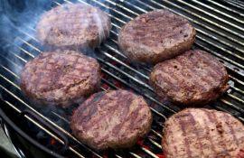 Tužio Burger King za pet miliona dolara jer biljni burger dodiruje mesni dok se peku