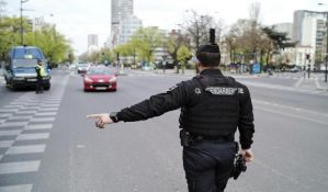 Policijski čas u Francuskoj od 18 sati zbog nove vrste korona virusa