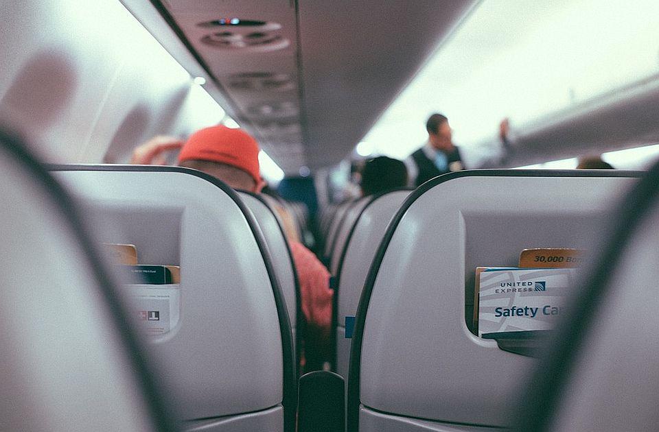 Avio-kompanije i sindikati zahtevaju mere protiv nasilnih putnika