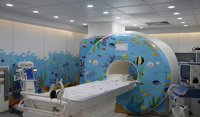 FOTO: Počela da radi magnetna rezonanca u Dečijoj bolnici
