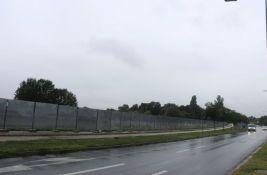 FOTO: Počinje gradnja petospratnog kompleksa na Rumenačkom putu, investitor ekspresno do dozvola