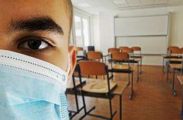 Kon detaljno o tome kad đak u školi treba, a kad ne treba da nosi masku