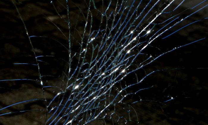 U sudaru automobila i bagera kod Sremske Mitrovice poginuo muškarac