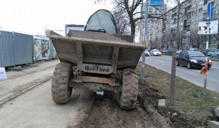 FOTO: Zbog izgradnje Promenade uništeno zelenilo, stradale i staze