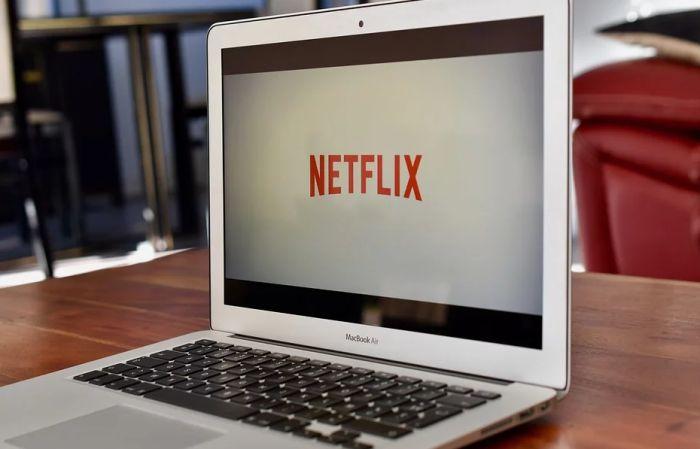Netfliks otkazao snimanje serije u Turskoj zbog gej lika