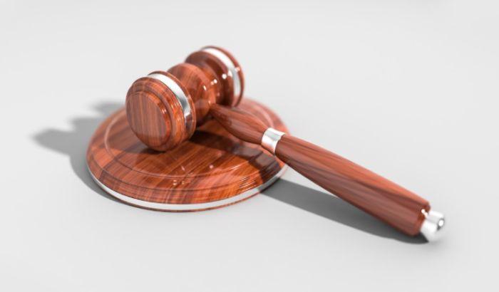 Sudovi prodaju i akcije građana koji ne izmire dugove
