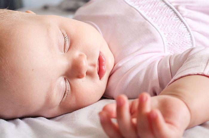 Pedijatar Dušanov o tome da li je moguće prepoznati kovid kod beba
