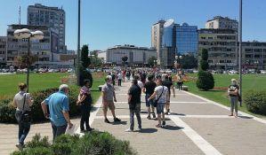 FOTO: Kragujevački ugostitelji protestovali, tvrde da im je ugrožena egzistencija zbog novih mera
