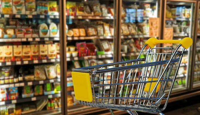 Najveći deo potrošačke korpe čine hrana i komunalije, malo ostane za kulturu i rekreaciju