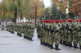 Oko 10.000 ljudi napustilo Vojsku Srbije u prethodnih pet godina