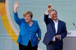 Angela Merkel na svom poslednjem mitingu pozvala na glasanje za Lašeta