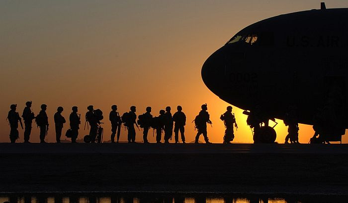 SAD šalju vojnike u Saudijsku Arabiju