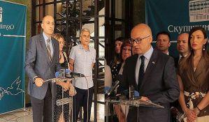 Demokrate pozvale Vučevića da podnese ostavku na mesto gradonačelnika, naprednjaci im odgovaraju da sami pokrenu proceduru za opoziv