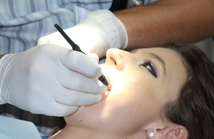 Građani Srbije ređe posećuju zubara u odnosu na druge stanovnike Evrope