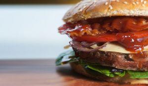Megaburger od 800 evra zbog dolaska novog cara