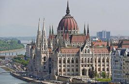 Mađarski zakon protiv LGBT primenjivaće se oko crkava i škola