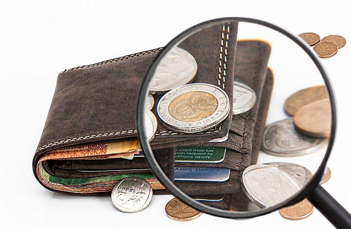 Ekonomisti: Političari namerno loše planiraju budžet da bi mogli da se hvale suficitom