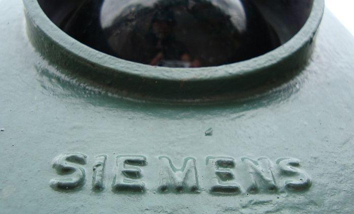 Zabranjeno spajanje Alstoma i Siemensa