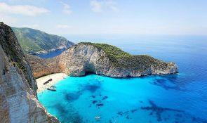 Menjaju se pravila za ulazak u Grčku