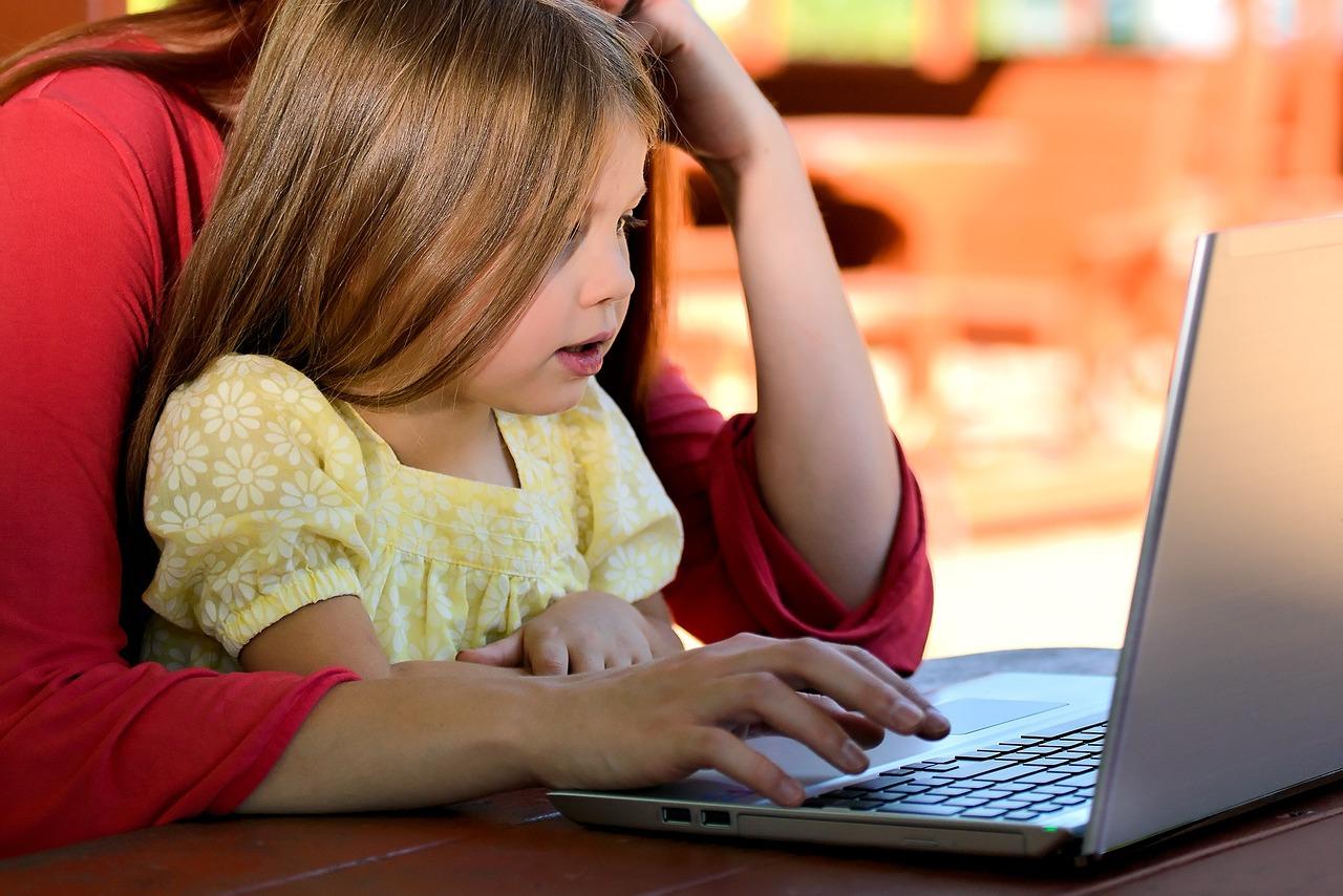 Kikinda: Predlažu formiranje agencije za čuvanje dece roditelja koji rade po smenama