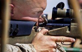 Svet godišnje na oružje troši 3.000 milijardi dolara