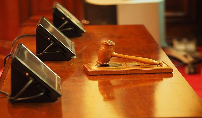 Podneta inicijativa za ocenu ustavnosti odluke o proglašenju vanrednog stanja