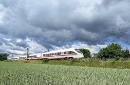 Vozovi u Britaniji zaustavljeni posle otkrića naprslina