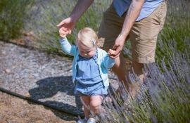 Koje je pravo vreme da vaša beba napravi prve korake