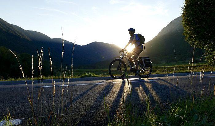 Električni bicikl studenata ETF-a najbolji u svetu