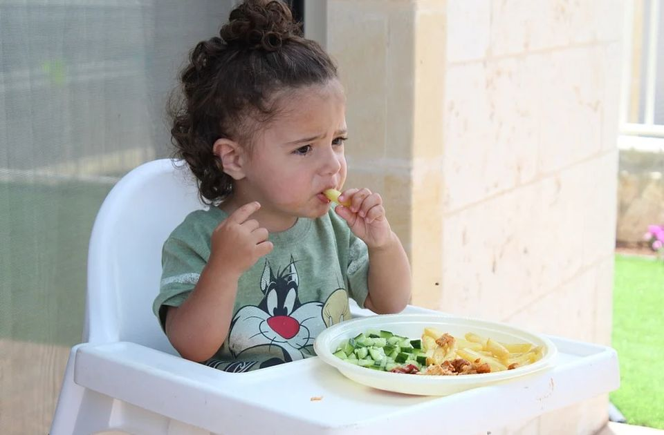 Šest razloga zašto dete nikada ne bi trebalo terati da pojede sve sa tanjira