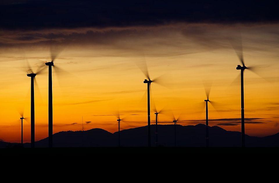 Zašto Nemačka gradi energane na vetar i sunce, ali i termalke na ugalj