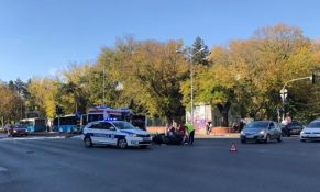 Motociklista teško povređen u udesu kod Kliničkog centra Vojvodine