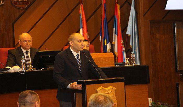 Krstonošić ponovo izabran za predsednika Gradskog odbora Demokratske stranke