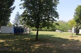 Radovi na Tvrđavi pred festival: Sklonjeni stubići, pokošena trava, uklonjeno trulo drvo...