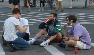 Niš: Demonstranti se podelili u dve grupe, manjina otišla ka sedištu SNS