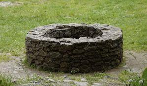 Mrtvi supružnici pronađeni u bunaru u selu kod Trstenika