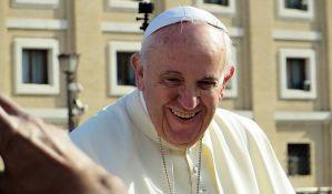 Papa uklonio tri kardinala iz kabineta zbog umešanosti u skandal pedofilije