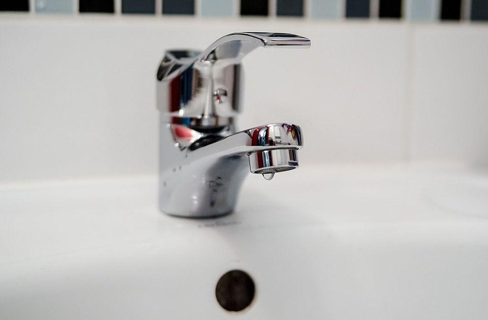 Bez vode deo Sremske Kamenice